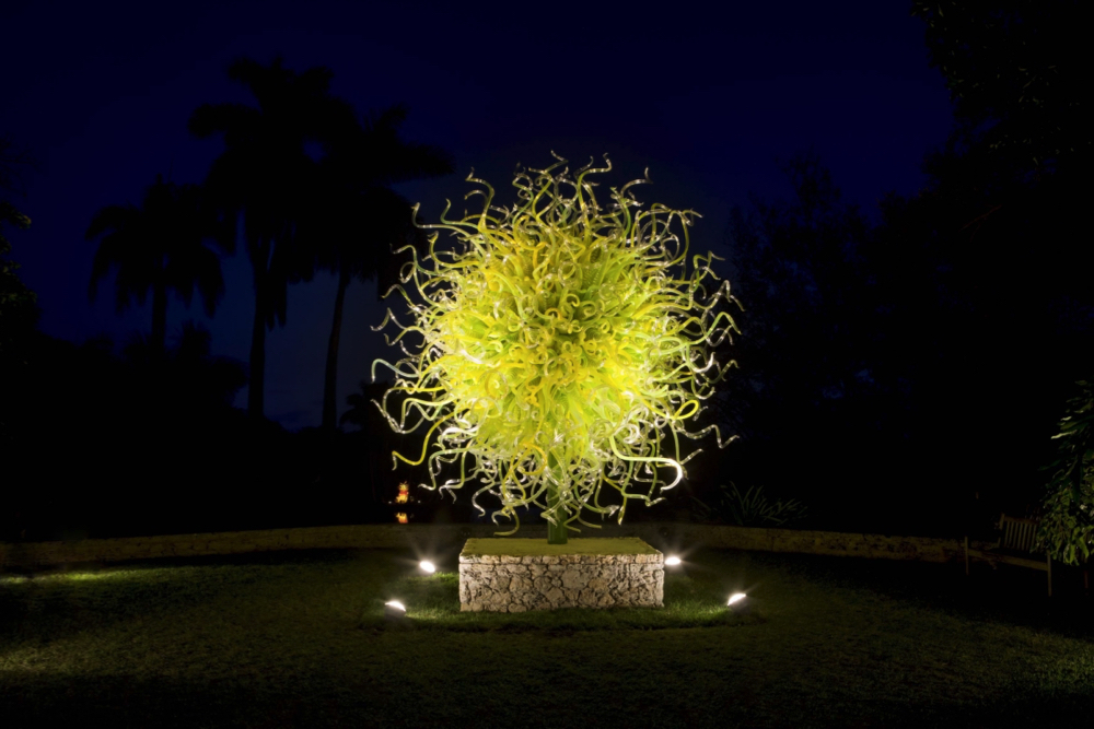 Renowned glass artist dale chihuly returns to atlanta - Chihuly garden and glass discount tickets ...